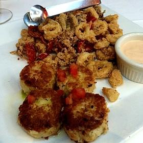 Platters Of Galette De Crab Et Hammond And Some Damn Calamari