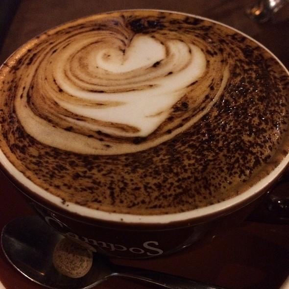 Skim Cappucino @ bon bon cafe