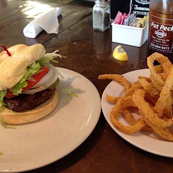 Blow Fly Burger @ Blow-Fly Inn