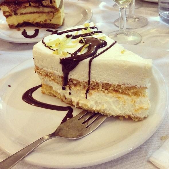 Torta Al Limone @ La Vela