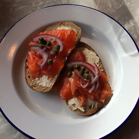 Salmon on Rye @ Al's Deli