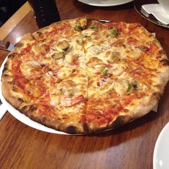 Pizza De Mare @ Short Black Cafe