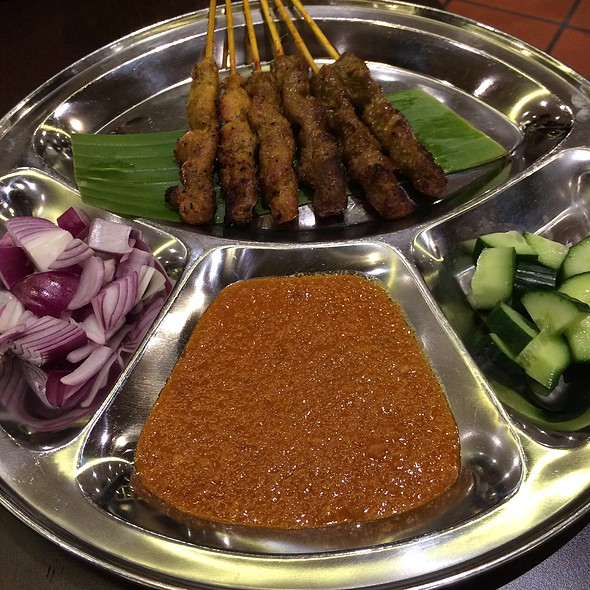 Mixed Satay - Chicken & Beef @ PappaRich Broadway