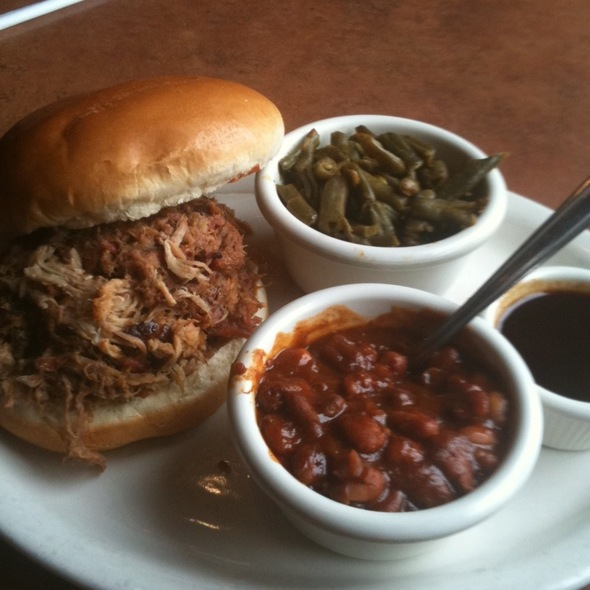 Pulled Pork Sandwich - Carolina Style