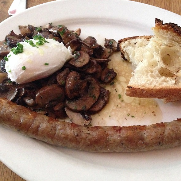 Mushrooms With Poached Egg And Bratwurst