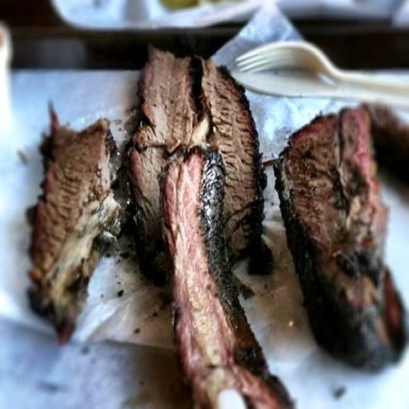 Pepper-Rubbed Brisket @ Louie Mueller Barbecue