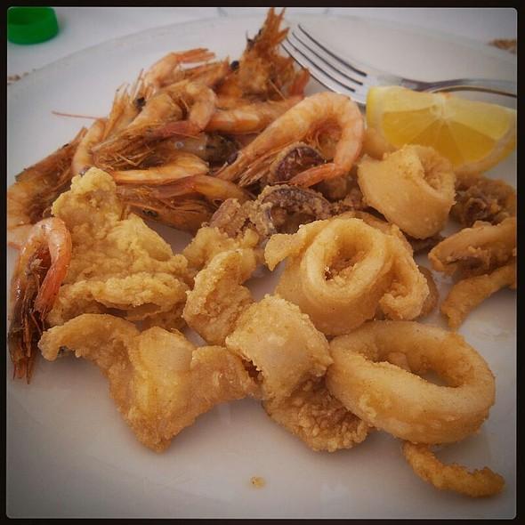 Frittura di calamari e gamberetti @ Hotel Piccolo Mondo