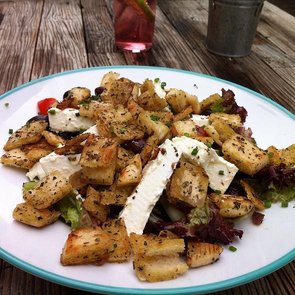 Fatoush Salad @ himmelblau