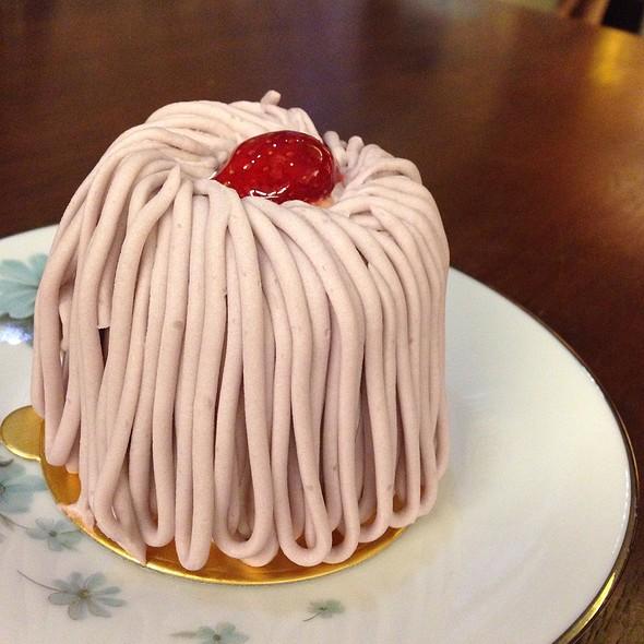 Yam Cake @ Tokyo Pastry