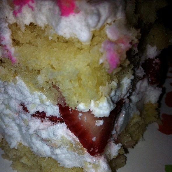 Vegan Strawberry Shortcake @ Sweet To Lick