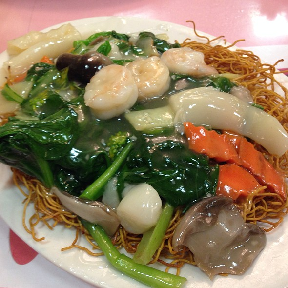 Crispy Noodles @ Happy Days