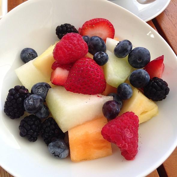 Fruit Plate - DUO - Steak & Seafood, Wailea, HI