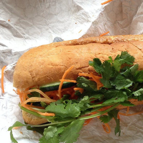 Vegetarian Fig Paneer Goat Cheese Sandwich @ Soulwich