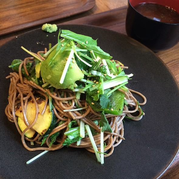 Avocado Fried Noodles @ N_1221