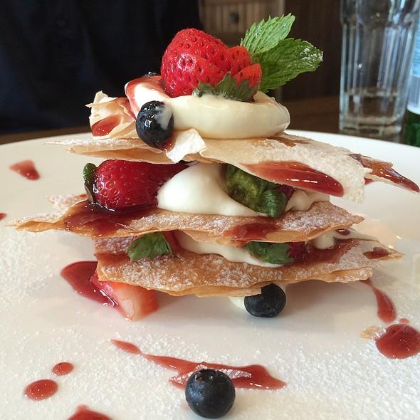 Strawberry millefoglie @ Romamor