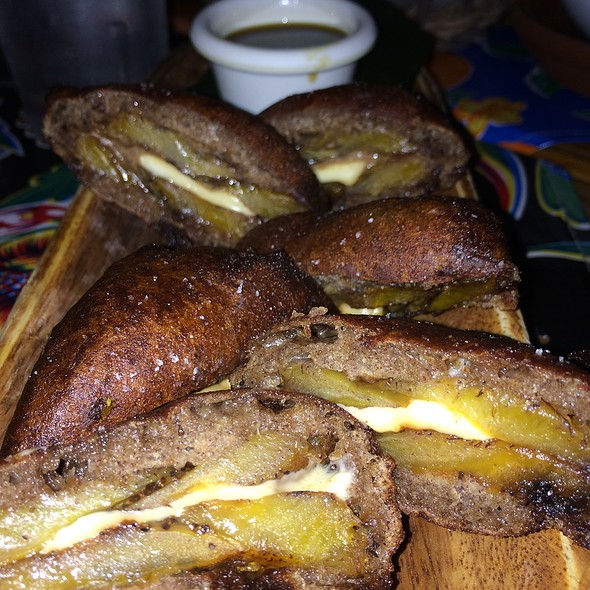 Yoyos @ Caracas Arepas Bar