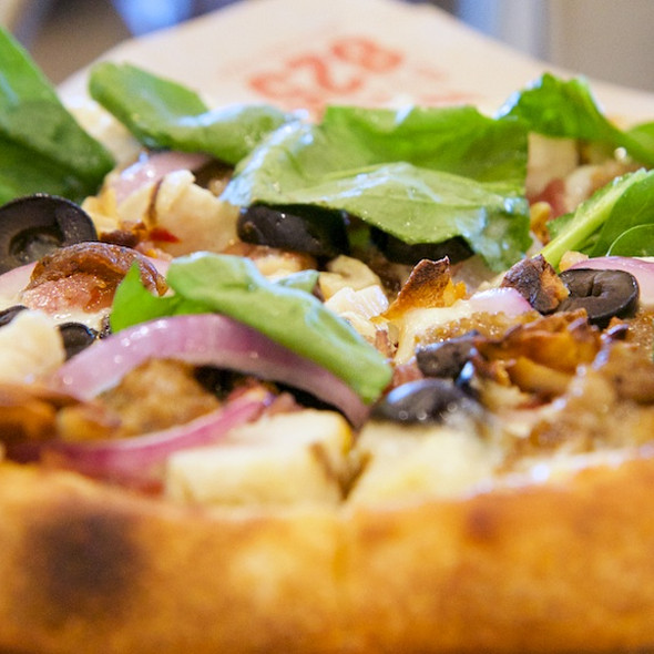 Pizza @ Blast 825º Pizza