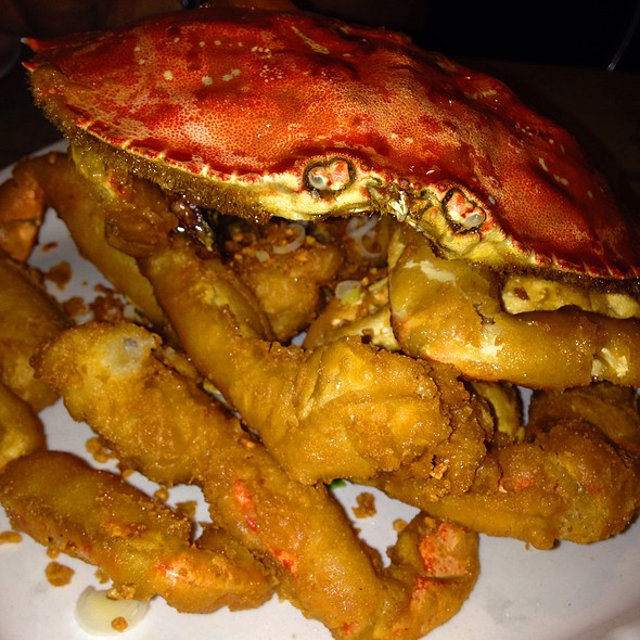 Salt And Pepper Crab @ R & G Lounge