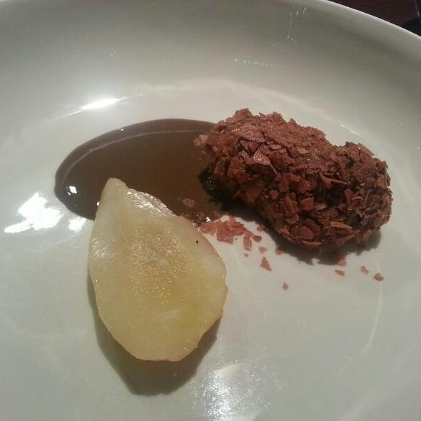 Pear, Chocolate, Licorice @ Momofuku Seiōbo