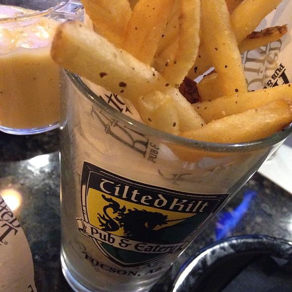 Pint O' Fries @ Tilted Kilt Pub & Eatery