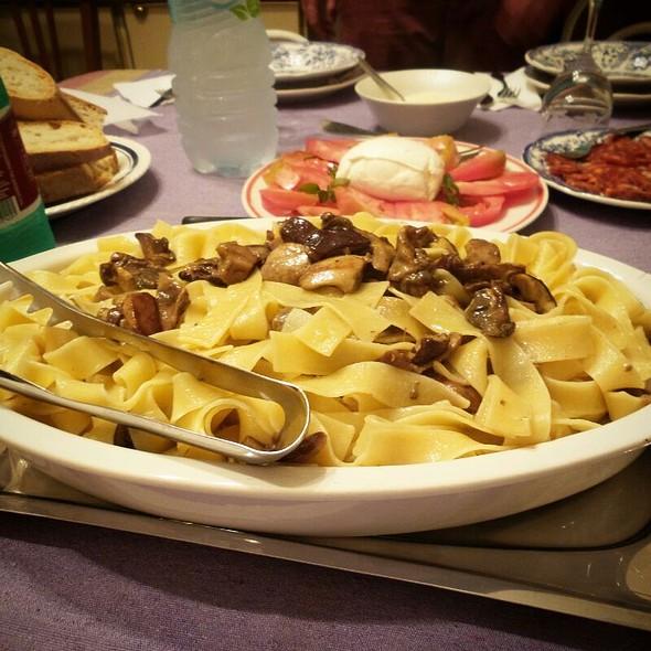 Pappardelle Ai Funghi Porcini @ Acquappesa Marina