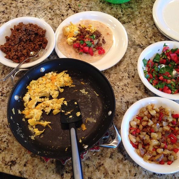 Breakfast Burrito @ Home