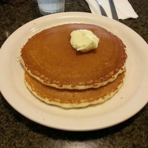 pancakes @ Liliha Bakery