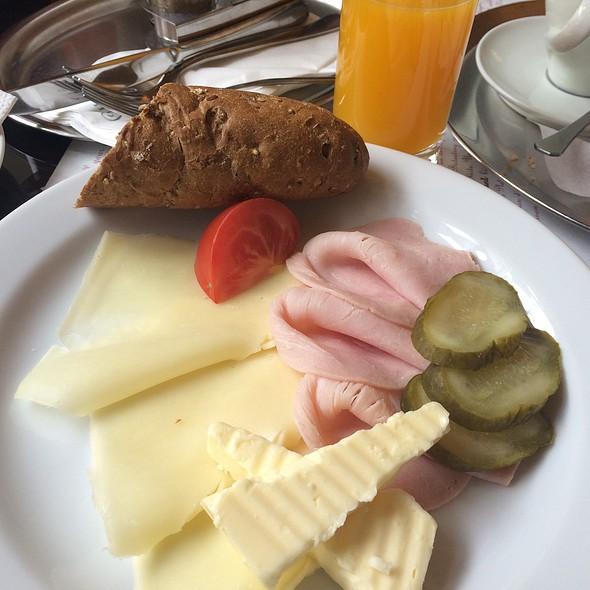 Czech Breakfast @ Café Louvre