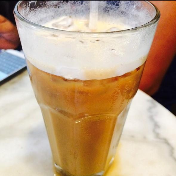 Grande Iced Latte