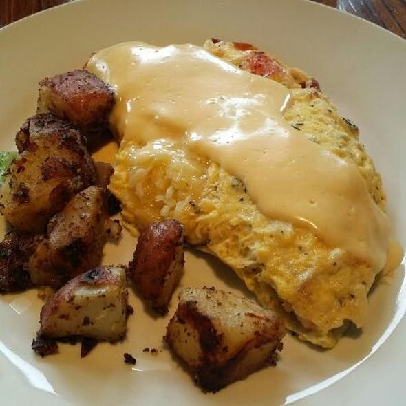 Atlantic Omelette - LuLu's, Richmond, VA