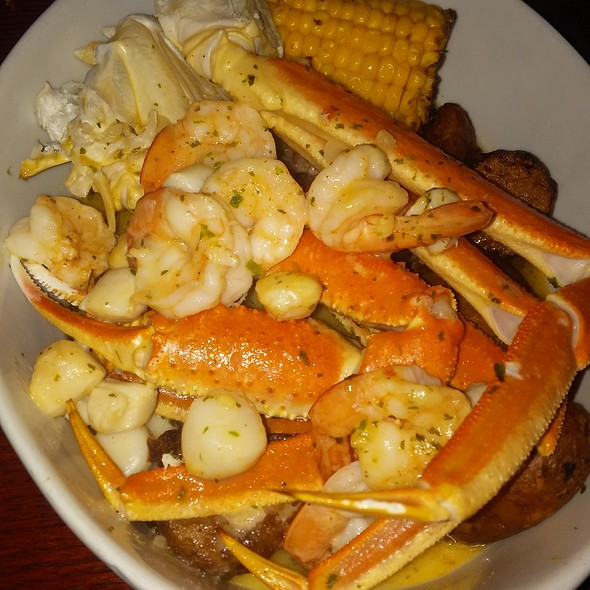 Crab & Roasted Garlic Seafood Bake