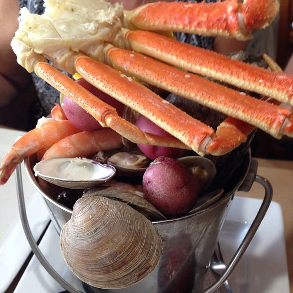 "Steamed Seafood ""Bucket"" @ Rusty Bellies Waterfront Restaurant"