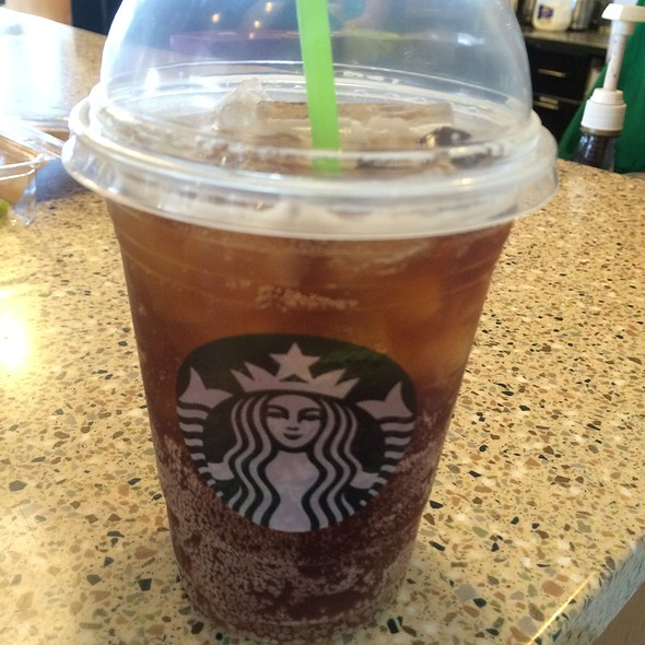 Spiced Root Beer Fizzio @ Starbucks @ Premium Outlet I Drive