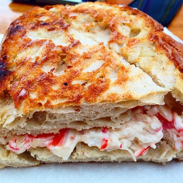 1/2 Seafood Toast @ Cyber Café Ericeira