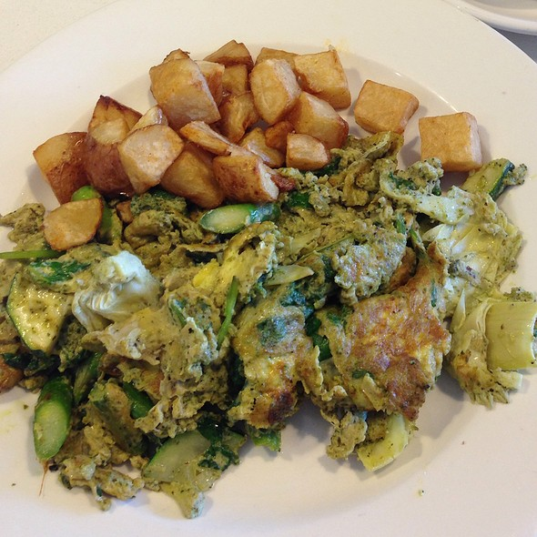 Green Scramble @ Bea Bea's