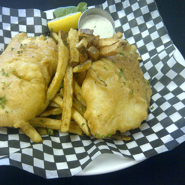 2PC Fish and Chips - Ryan Duffy's, Halifax, NS