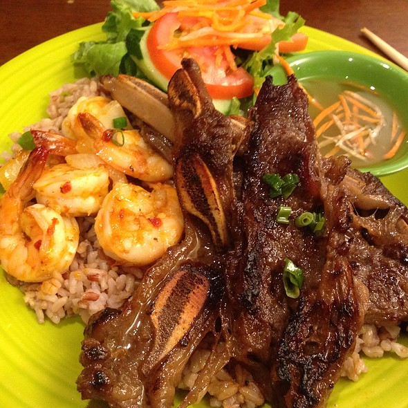 Kalbi Beef And Spicy Garlic Shrimp @ Green Papaya