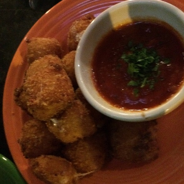 Crispy Fried Mozzarella Squares @ Sport Restaurant & Bar