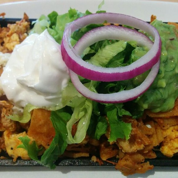 Chilaquiles @ Waffles Cafe