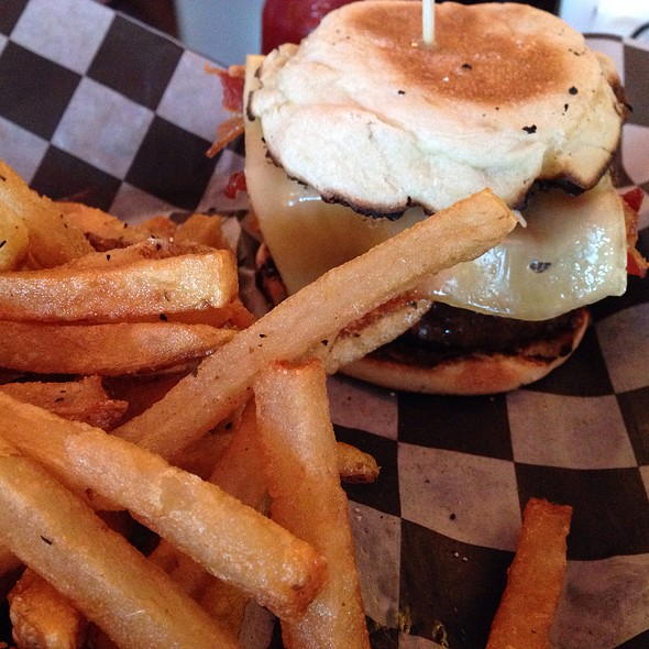 Havarti Bacon Burger On A Toasted Garlic English Muffin @ Gilbert's 17th Street Grill