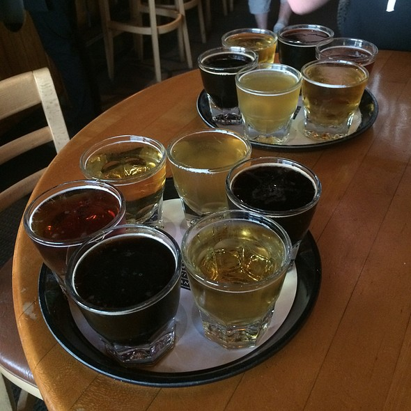 Beer Flights - Belmont Brewing Company, Long Beach, CA