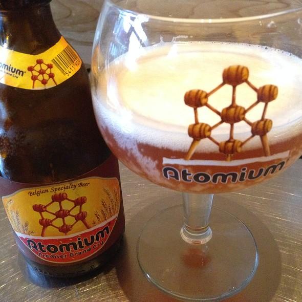atomium beer
