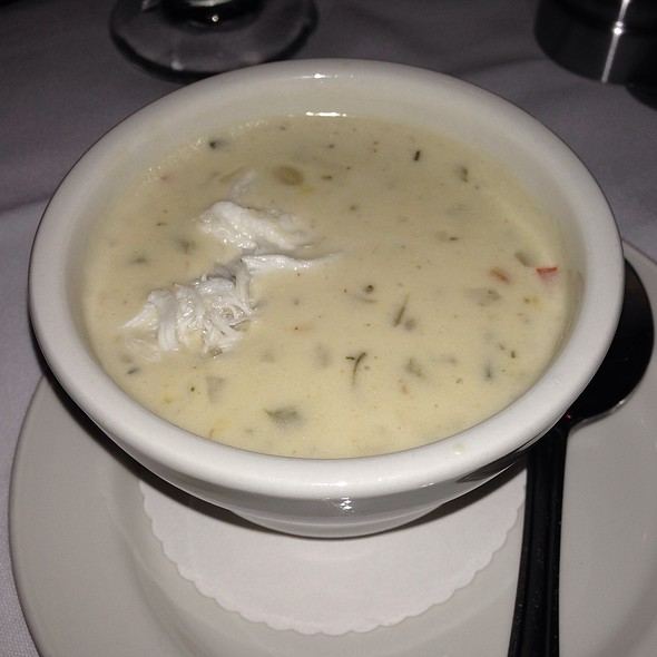 Blue Crab & Roasted Corn Chowder - Steve Fields Steak and Lobster Lounge, Plano, TX