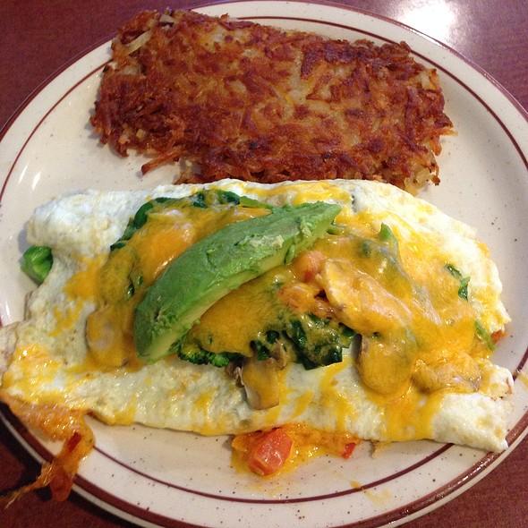 Veggie & Cheese Omelette @ Mama Kat's Restaurant