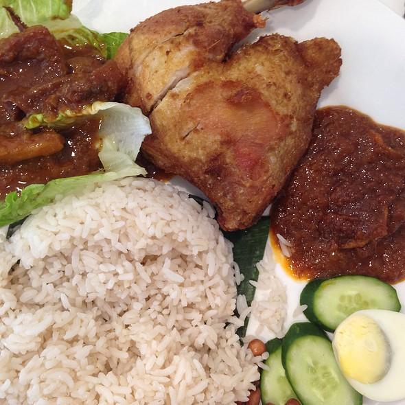 Nasi Lemak Ayam Berempah With Sambal Sotong @ Penang Street Kopitiam
