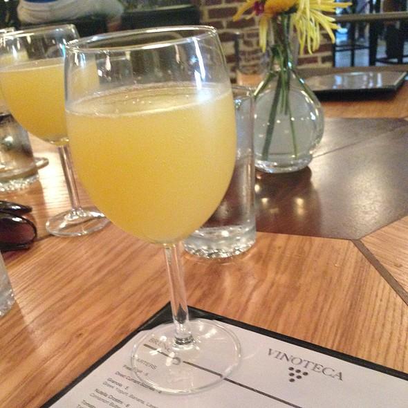 Bottomless Mimosa - Vinoteca, Washington, DC