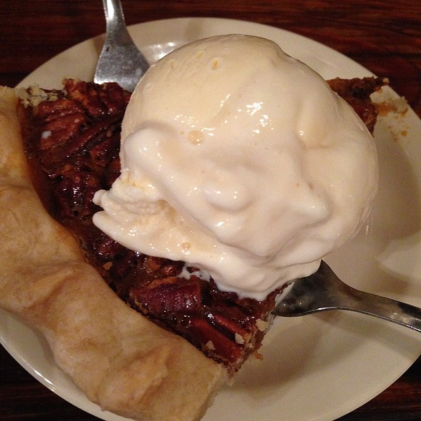 Pecan Pie @ The Salt Lick