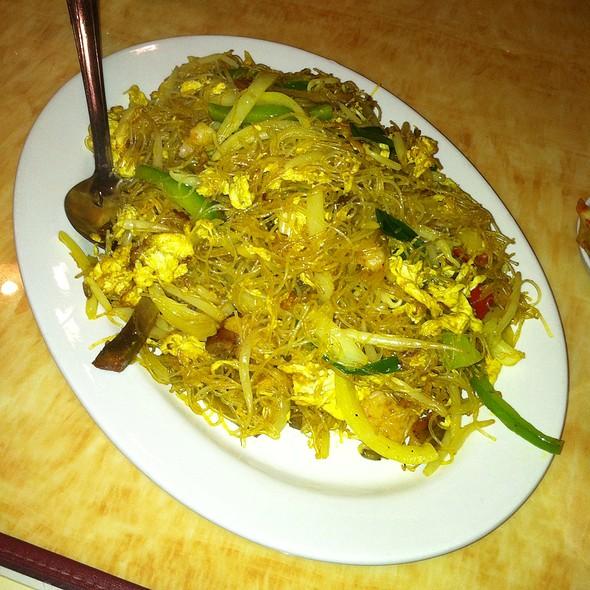 87. Singapore Noodle @ Lobster King