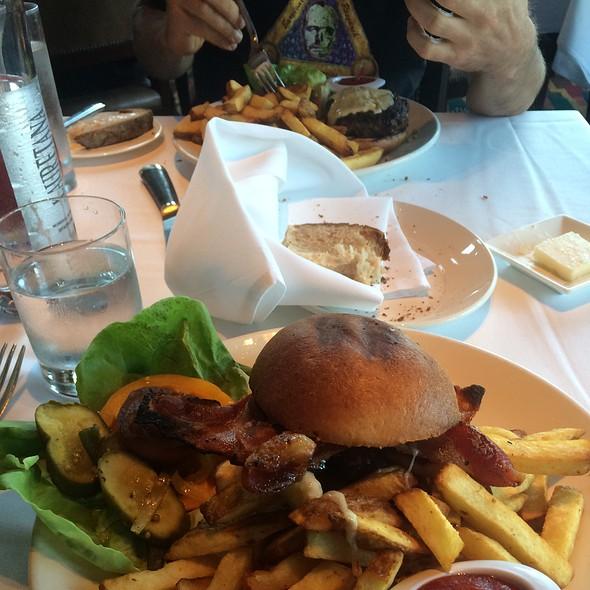 Bacon Cheeseburger @ EPIC Roasthouse