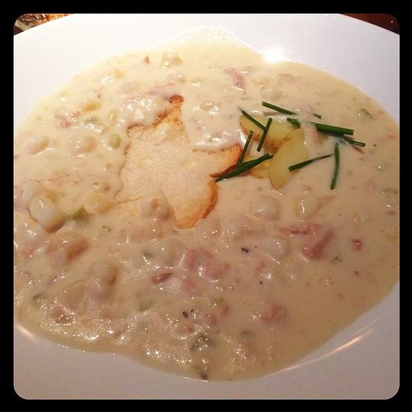 West Coast Seafood Chowder @ Maso